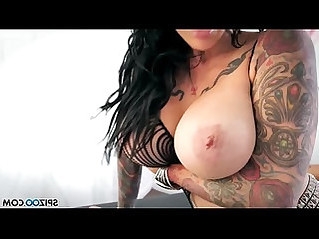 Spizoo romi rain and jenevieve hexxx lesbian action big booty and big boobs