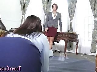 Big booty lesbian rimming