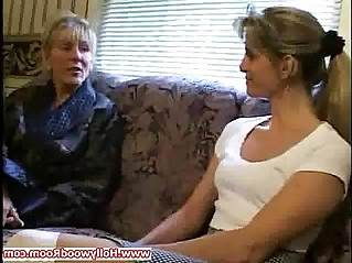 Mature woman likes the young cunts